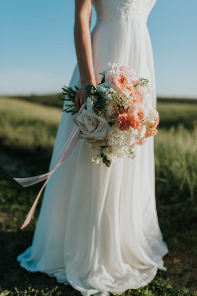 Natural Bridal wedding bouquets